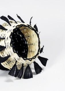 PaperPhine: Korb aus Papierschnur geflochten
