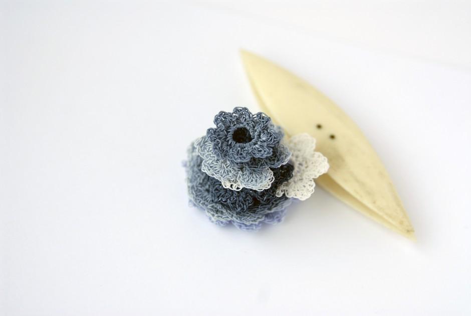 PaperPhine: Häkelblümchen aus Papiergarn - Häkelblumen - Häkeln
