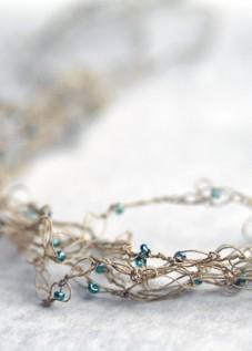 PaperPhine: Feine Häkel - Halskette mit kleinen Perlen - Papiergarn