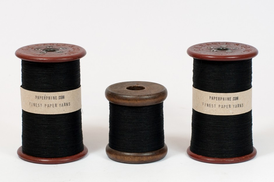 PaperPhine - Black Paperyarn - Papertwine - Papiergarn Papierfaden Papierkordel